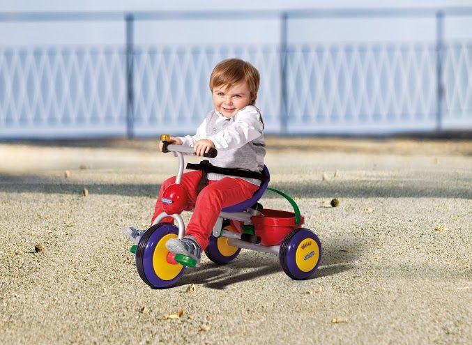 Dětská šlapací vozítko Trillo Peg Perego